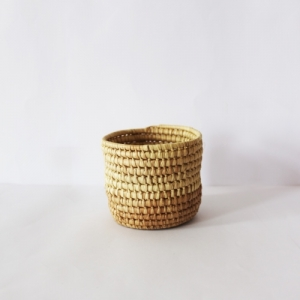 Nubirizi handgemaakte en duurzame plantenpot